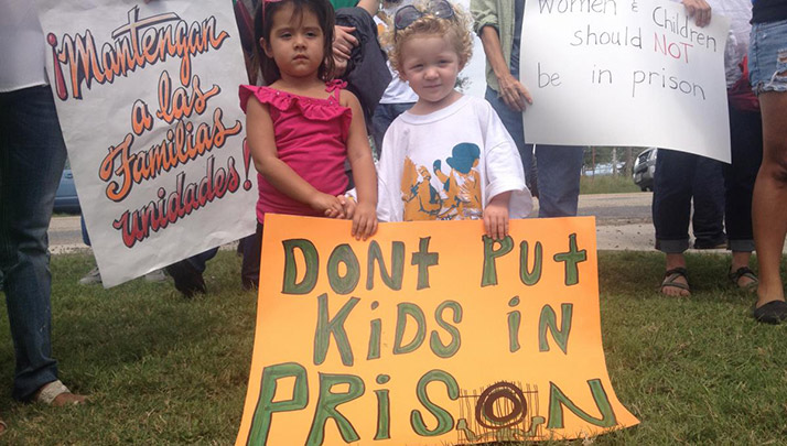 Breaking News: RAICES is in need of volunteers in San Antonio to help with family detention releases!